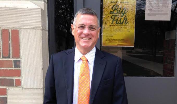 Steve Fox '77
