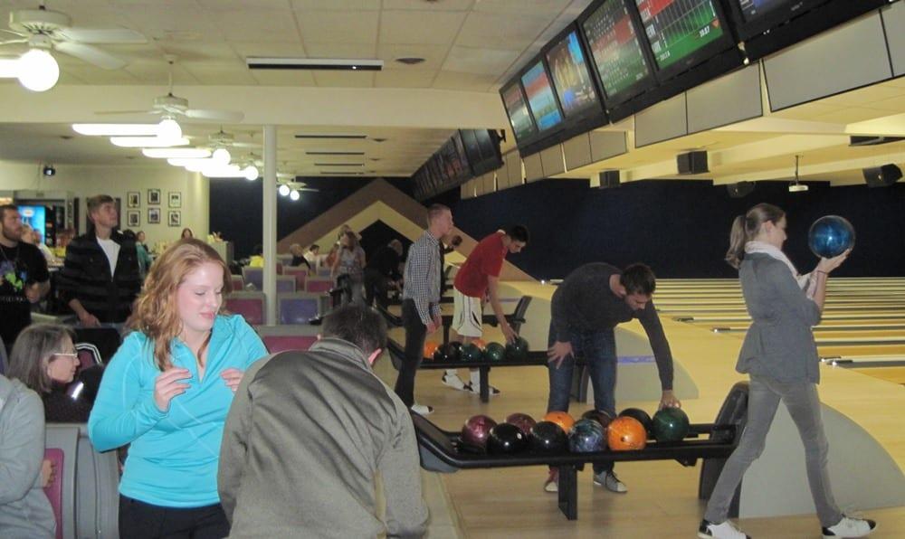 Fall 2014 Bowling 021