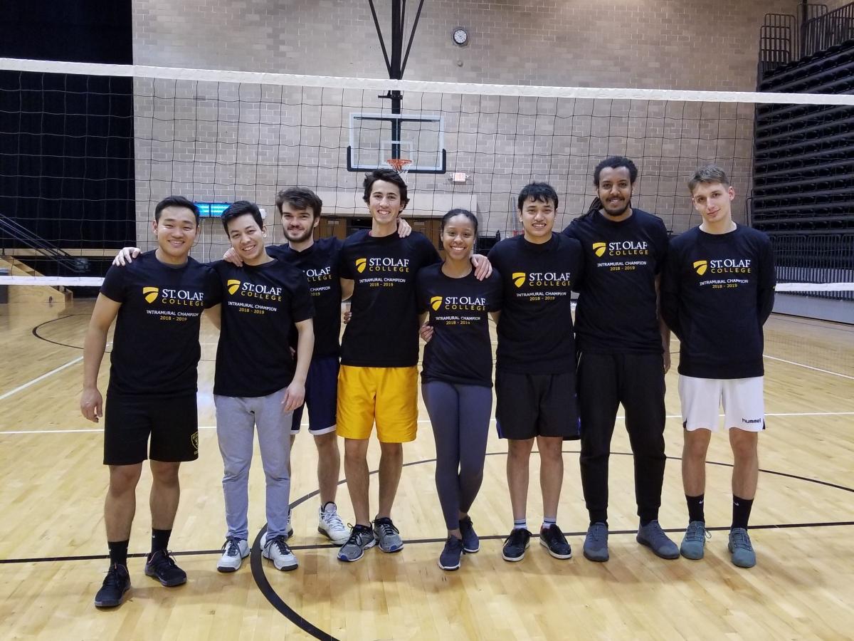 Comp Volleyball – Block U Like a Hurricane