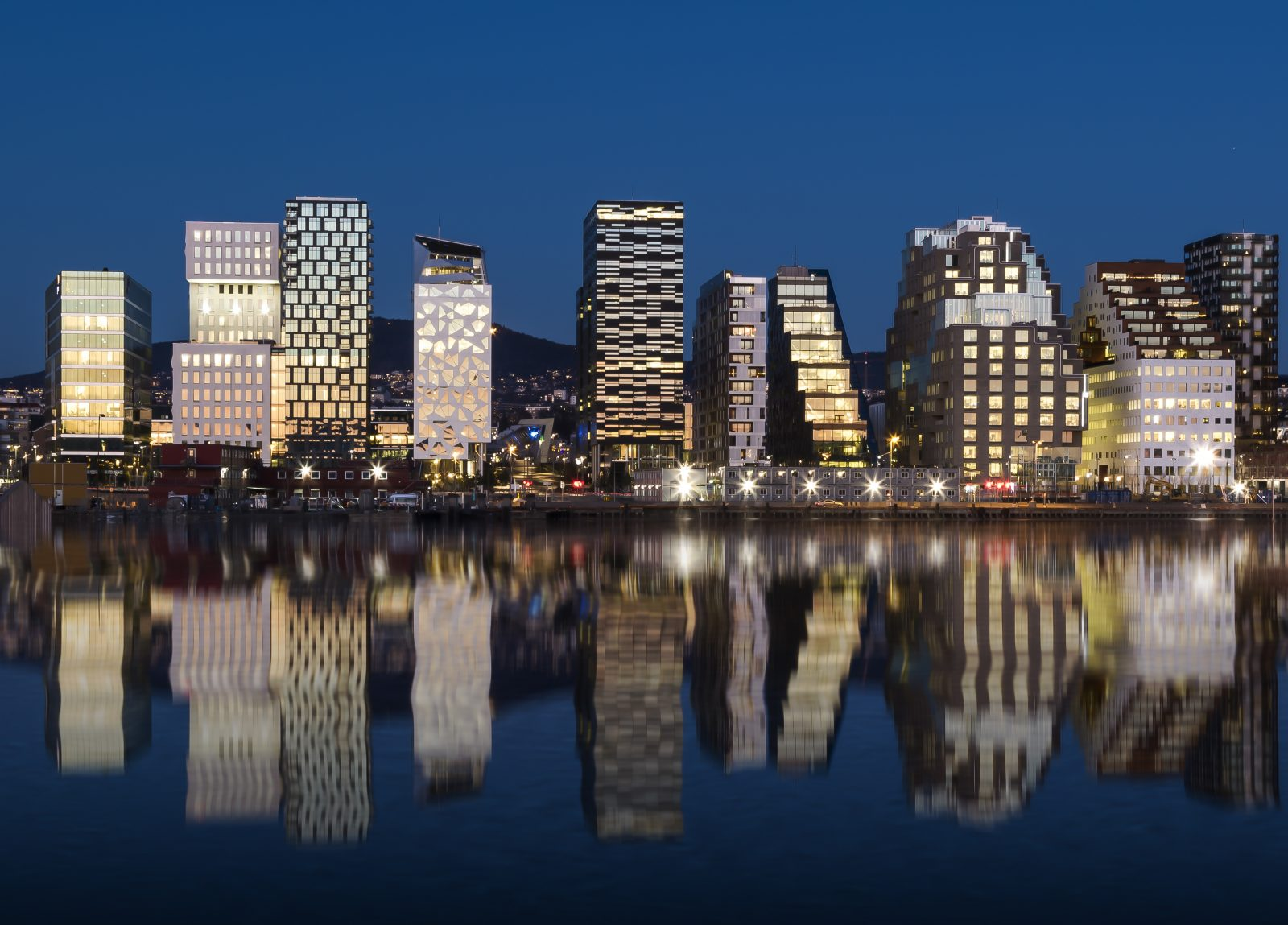 Oslo Skyline by night 2015
