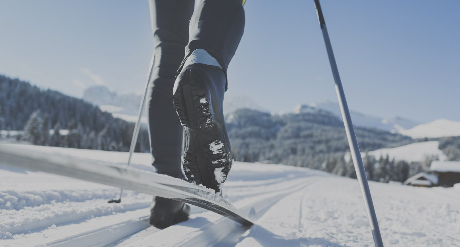 cross-country-skiing-aa681da4