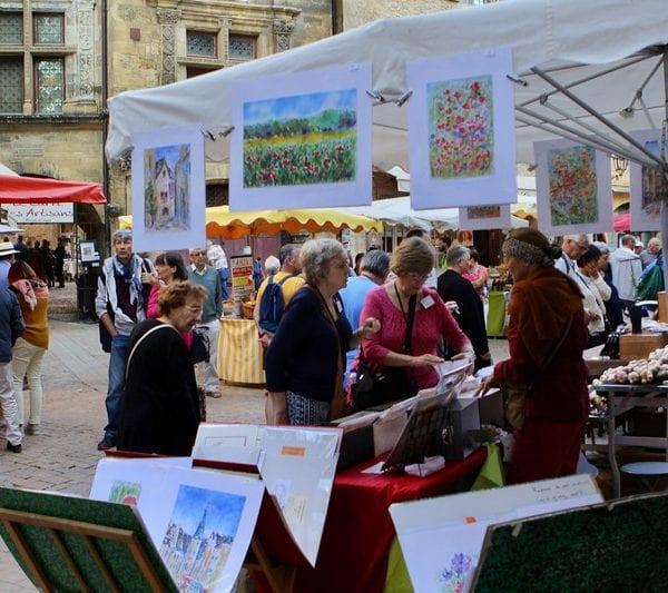 Sarlat Saturday market-L